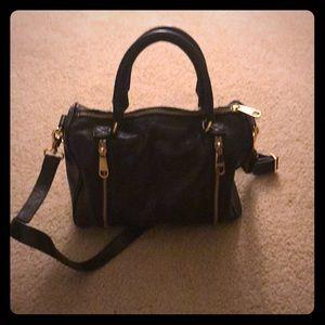 Badgley Mischka black zipper purse